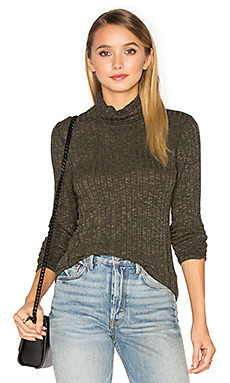 Long Sleeve Turtleneck Top – 橄榄苔藓绿