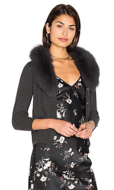 Blue Fox Fur Collar Cardigan en Gris