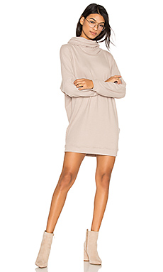 Vargus Draped Turtleneck Dress en Avoine
