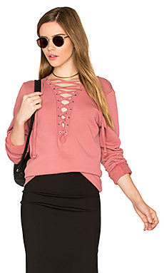 Dominic Lace Up Pullover en Rose Garden