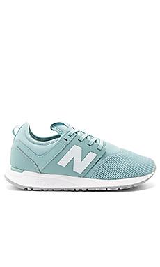 247 运动鞋