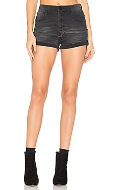 HARLETS 牛仔短裤