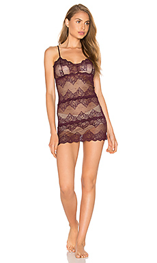 So Fine Lace Chemette en Bordeaux