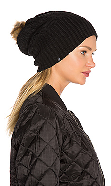 Fleece-Lined Faux Fur Pom Pom Hat in Black