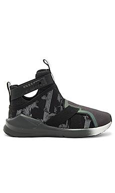 Fierce Strap Swan Sneaker – Puma 黑