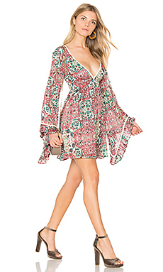 ROBE MANCHES FORME CLOCHE SUNSET ROSE