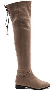 x Tularosa Ginny Boot in Putty