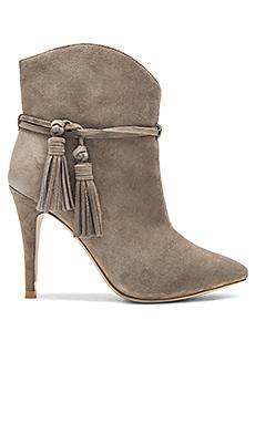 JANIE 靴子