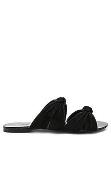 NAOMI 凉鞋