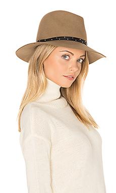 松软帽檐软呢帽