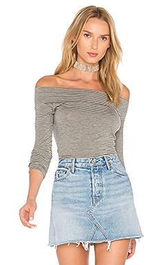 Clint Off Shoulder Top in Lodestone