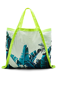 Asymmetrical Tote Bag – Byron Birds