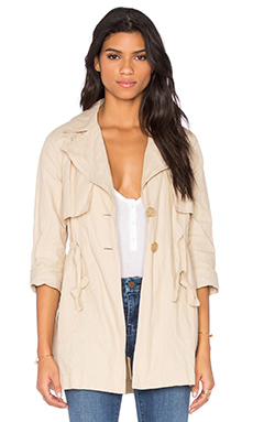 Jules Trench en Real Khaki