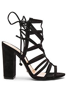 Loriana Heel in Black