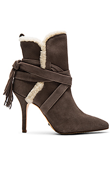 Finn Sheep Fur Bootie en Neutral Gray Cream