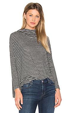垂褶套衫 – 杂灰色条纹