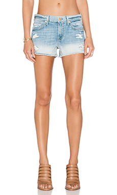 Cut Off Distressed Short en Aura Blue Heritage 2