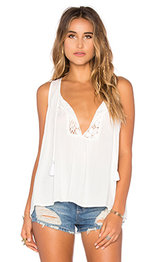 Tenny Tassel Top en White Cloud