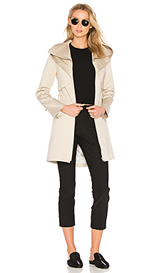 Arabella Trench en Avoine