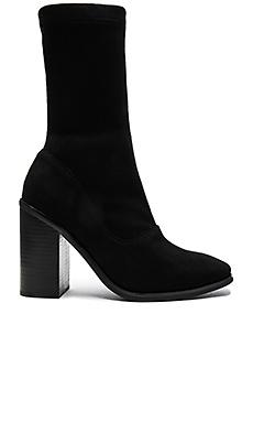 CHLOE 靴子