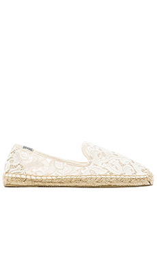 Lace Smoking Slipper en Ivory