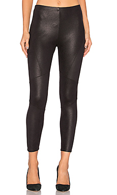 Coated Legging in Black