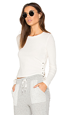Drapey Lux Rib Top en Bone