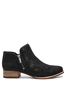 Canilla Booties in Black