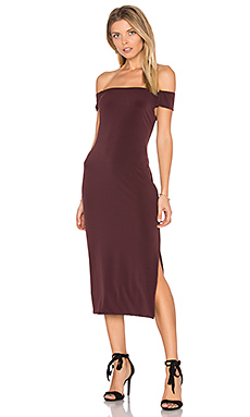 Francella Off Shoulder Midi Dress en Vino