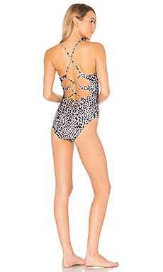 Deva Twisted One Piece en Gris