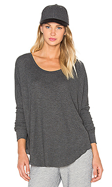 Basic Top in Clean Black