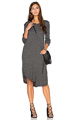 Shifted Shirt Elbow Sleeve Dress en Black Heather