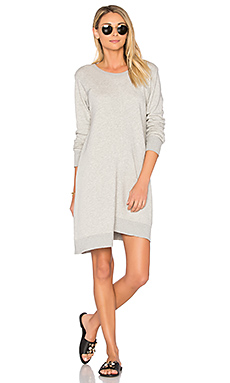 ROBE SWEAT ASYMÉTRIQUE