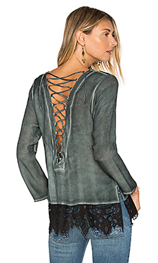 Lace Back Blouse en Bleu Paon